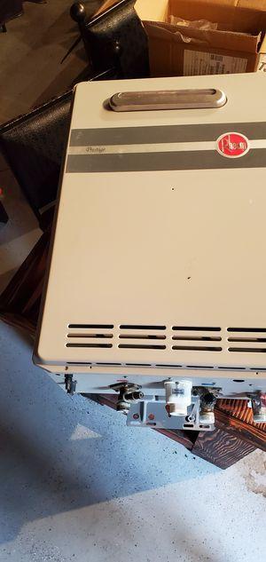 Rheem Tankless Propane Water Heater for Sale in Lakeside, AZ
