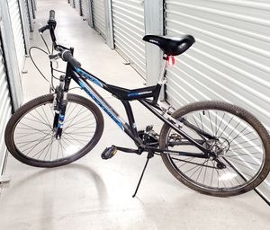 """Kent 26"""" Mountain Bike 21 Speed Front Suspension Shockwave...UNISEX NEW CONDITION... for Sale in Las Vegas, NV"""