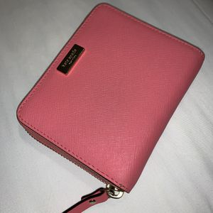 Leather Salmon Color Kate Spade Wallet for Sale in Morgan Hill, CA