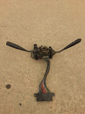 TOYOTA PICKUP HEADLIGHT,TURN SIGNAL,WINDSHIELD WIPER HAZARD SWITCH TESTED HARD TO FIND PART FITS 84/88 TRUCKS NO BROKE DREAMERS NO TRADES $50 FIRM for Sale in Los Angeles, CA