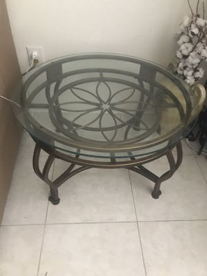 """Coffee table D 30"""" for Sale in Fort Lauderdale, FL"""