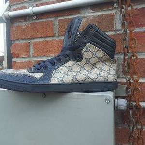 Gucci Crocodile Blue High Top for Sale in West Haven, CT