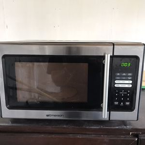 Emerson Microwave for Sale in Los Angeles, CA