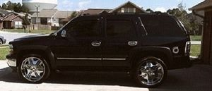 On Sale Chevrolet Tahoe 2005FWDWheels Price$1000 for Sale in Long Beach, CA