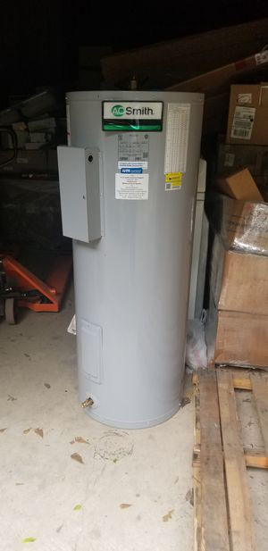 brand new AO Smith water heaters propane electric hot water heaters 50 gallon brand new in the box still calenton de agua de gas propano y electricos for Sale in Houston, TX