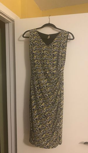 Anne Klein blue, yellow, gray, and white Multi Color Size Small women's Slimming Dress for Sale in Ormond Beach, FL
