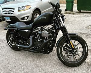 2014 Harley Davidson sportster iron 883 for Sale in Chicago, IL