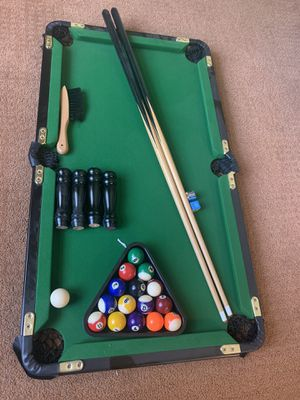 Mini Pool Table free delivery for Sale in Rockledge, FL