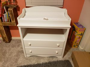 Baby changing table and dresser for Sale in San Tan Valley, AZ