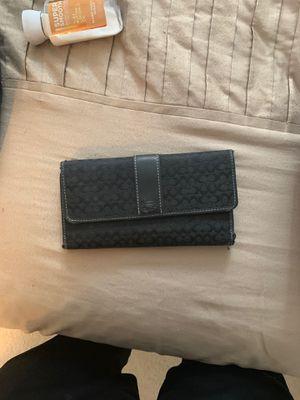 Women's Coach Wallet for Sale in Crofton, MD