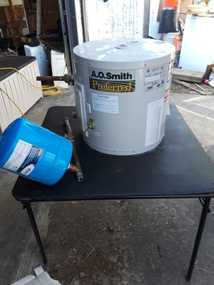Water heater for Sale in Hayward, CA