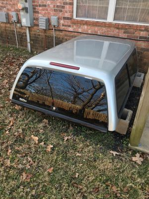 Snug top camper shell, came off my 04 Tacoma with a 6'bed for Sale in Rogers, AR