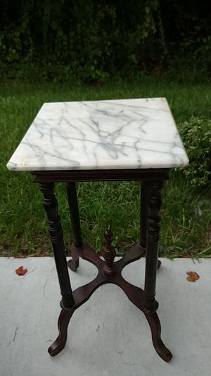 Marble Top Side Table/Plant Stand for Sale in Sebastian, FL