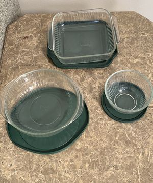 Set of 3 Pyrex glass bowls with lids for Sale in Murrieta, CA
