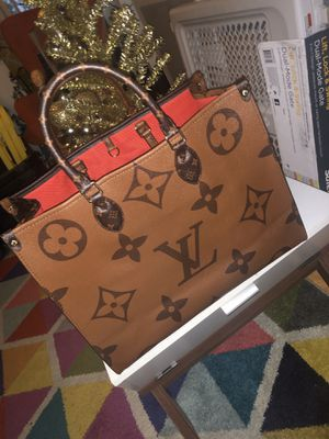 Louis Vuitton purse ONTHEGO for Sale in Los Angeles, CA