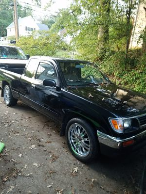 Toyota tacoma pick up for Sale in Lanham, MD