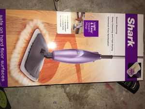 Shark Light & Easy Steam Mop for Sale in Coral Springs, FL