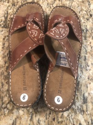 Ladies Sandals Size 9 for Sale in Apopka, FL