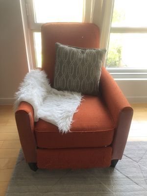 Wayfair recliner for Sale in Brooklyn, NY