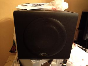 Klipsch ProMedia GMX A-2.1 Subwoofer w/ 5 Klipsch Speackers for Sale in Lawrence, MA