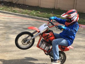 Razor electric dirt bike MX500 to MX1800 upgrade motor battery project for Sale in Irving, TX
