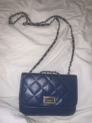 Crossbody purse for Sale in Coral Springs, FL