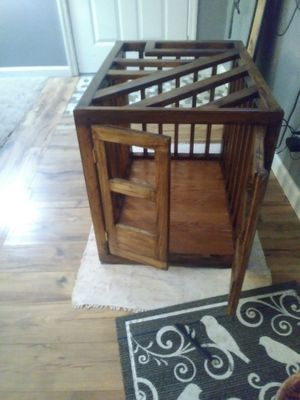 End table/dog crate for Sale in Florissant, MO