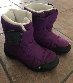 Snow boots for kid for Sale in Goodyear, AZ