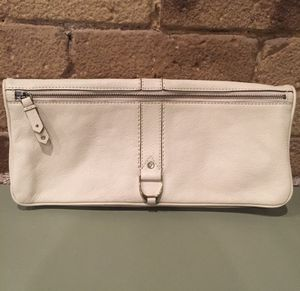 """Cole Haan Leather Envelope Clutch 13"""" x 6"""" Tribeca manhattan for Sale in New York, NY"""
