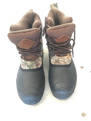 Snow boots kids size 7 for Sale in Lake Elsinore, CA
