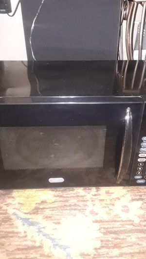Sunbeam Midium microwave for Sale in Philadelphia, PA