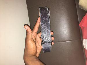 Louis Vuitton x supreme belt for Sale in Washington, DC
