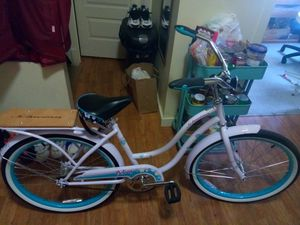 Schwinn. Destiny women's cruiser bike. Single speed 24' for Sale in Seattle, WA