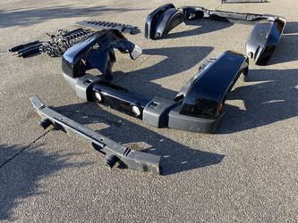 2019 Jeep JKU Wrangler Fenders Body Parts Crash Bar for Sale in Lacey,  WA