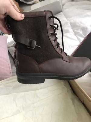 New ugg boots size 11 for Sale in PECK SLIP, NY
