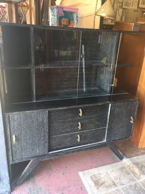 Vintage mid century modern display case china cabinet $195 for Sale in San Diego, CA