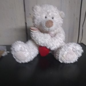 Hallmark Heartly Brand Stuffed Bear. Supposed To Play Sounds for Sale in Freeland, PA