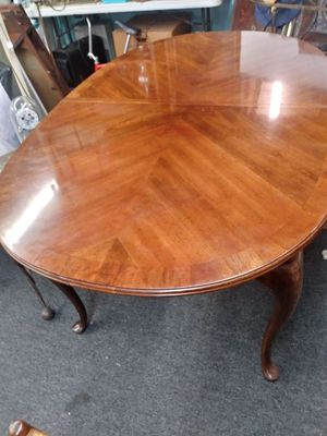 Solid wood table with additional extesions (2) for Sale in Austin, TX