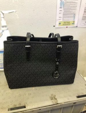 Michael Kors black logo tote bag for Sale in Clearwater, FL