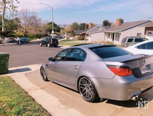 BMW 530i 2004 for Sale in View Park-Windsor Hills, CA