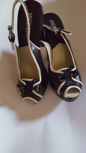 Michael Kors heels for Sale in BRECKNRDG HLS, MO