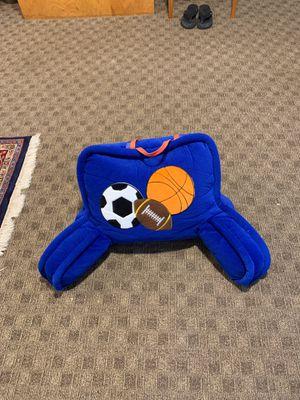 Backrest and sleeping bag for Sale in Burlington, MA