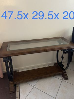 Console table for Sale in Los Angeles, CA
