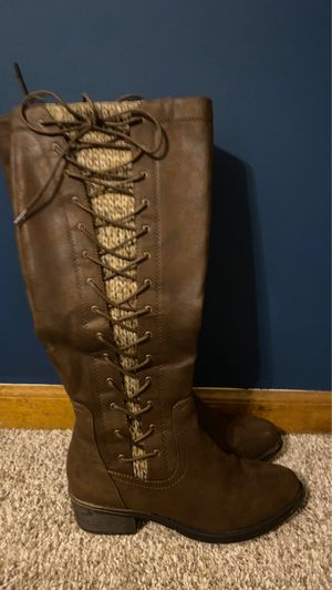 Kohl's knee high laced brown boots for Sale in Shawnee, KS