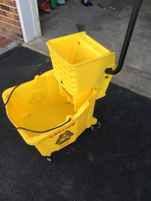 Mop bucket for Sale in Burke, VA
