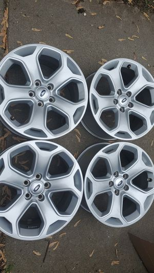 """Ford edge rims 18"""" for Sale in Dearborn Heights, MI"""