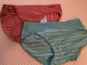Patagonia Women's Active Briefs - Small for Sale in Naples, FL
