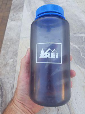 REI Nalgene bottle, 32 oz for Sale in Phoenix, AZ