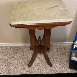 Small Antique Table for Sale in Sherwood,  OR
