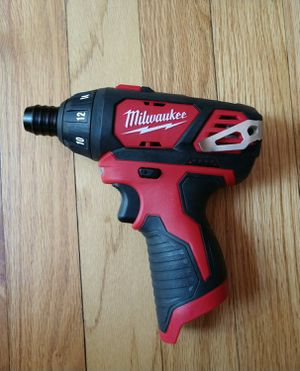 Milwaukee M12 Screw driver for Sale in Severna Park, MD